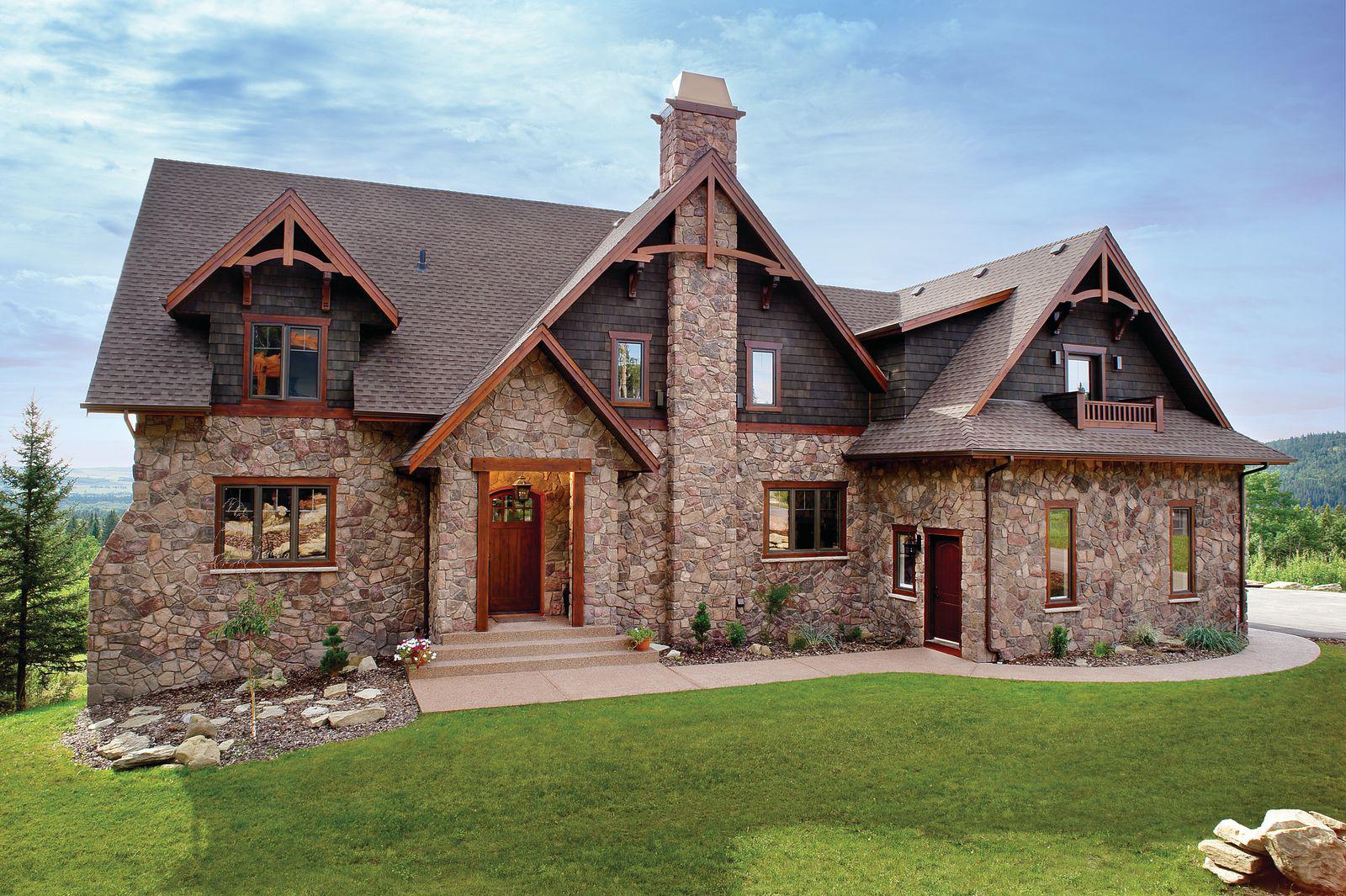 Каменные и кирпичные дома: плюсы и минусы